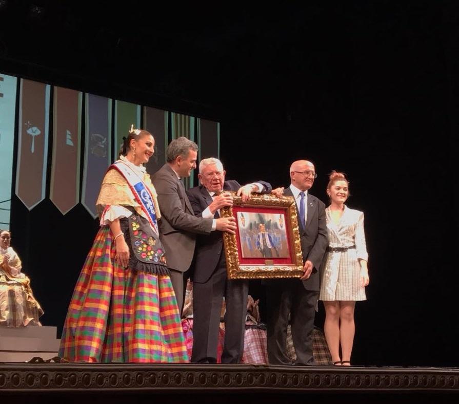 D. Alfonso Esquembre Garcia Premio El Tito 2018 de la Comparsa de Moros Viejos de Villena